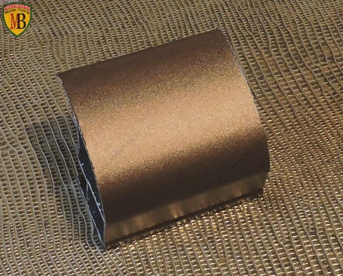 Алюминиевый_профиль_используется_в_процессе_производства_корпусной_и_Встроенной_мебели_под_заказ