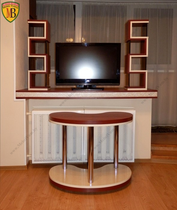 набор мебели: стол, полки_4577