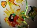 vitrajnaya-rospis-cvety-pod-zakaz-na-mebeli